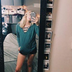MOSSIMO cross sweatshirt